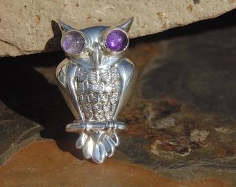 Horacio de la Parra ~ Vintage Mexican Sterling Silver Owl with Amethyst Eyes Pin / Brooch c. 1940's
