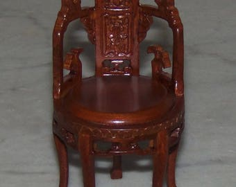 Bespaq Barrel Chair for 1:12th Dollhouse.  Carved. Five Legs.