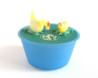 Hen and chicken, Vintage plastic action toy, Old game, Soviet toy,  Made in USSR, 1970s