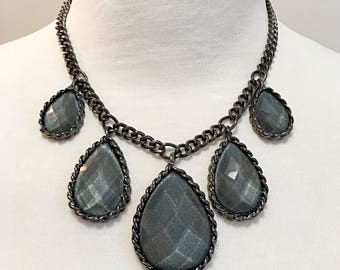 Dark Gray Chain Tear Drop Necklace / Gray Tear Drop Bib Necklace.