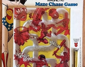 Wonder Woman Magnetic Maze Chase Game