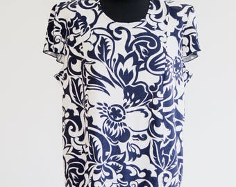 Blouse / Blue Blouse / Flower Shirt / Blouse / Blue and White Blouse / Large