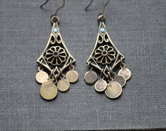vintage brass earrings, boho earrings, gypsy earrings, hippie earrings, indie earrings, brass dangle earrings, rustic earrings