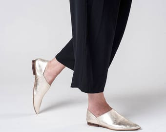 Women Flat Shoes / Gold Soft Leather Flats / Glitter Slip Ons / Clogs / Metal Pointed Toe Shoes Mules / Womens Shoe / Designer Shoe - Sahara
