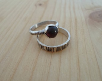 Silver Stacking ring set, garnet silver ring, minimalist jewelry, set of two rings, silver thin rings, garnet jewelry,  dainty silver rings