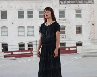 1920s Beaded Dress - Art Deco Flapper Evening Gown - Silk Crepe Steel Cut Beads - Size M / 30 W