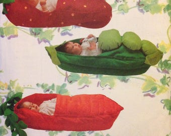 Butterick 5744 Novelty Baby Bunting Nap Bed Sack Strawberry, Pea in a Pod, Carrot, Ear of Corn - For Baby 13-20 Pounds