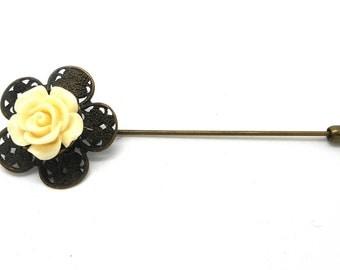 Vintage cream flower cabochon bronze brooch pin