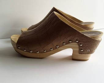 Eitenne Aigner shoes, size 10, leather clogs, womens shoes, wood clogs, brown shoes, mules, clogs, 90's shoes, designer shoes