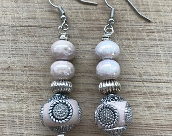 Beaded earrings, Glass earrings