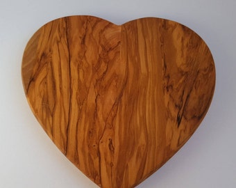 Olive Wood Cutting Board in Heart Shape (Medium Size) - SkandWood - Perfect Gift!