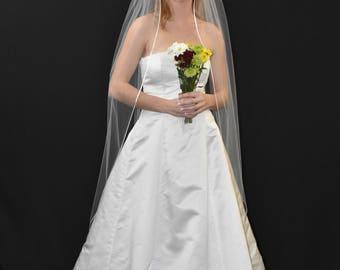 """75"""" Floor Length Wedding Veil with Satin Cord Edge"""