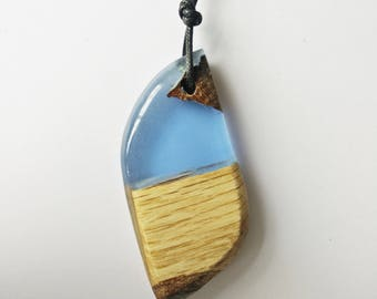 Wood Resin Pendant, Made in Italy, Handmade Necklace, Terra e mare, Unique piece, Wood resin jewelry, Handmade Jewelry