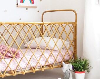 BAMBOO / rattan crib cradle