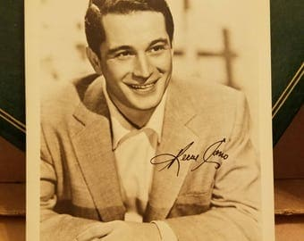 Perry Como -  American Singer and Television Personality - Rare Autographed 5x7 Photo