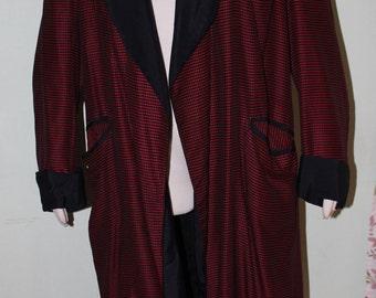"""SZ Large, vintage 1940's men's robe, luxurious!  42"""" chest"""