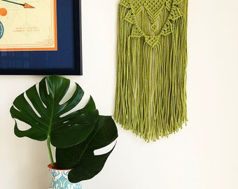 Small Lime Green Sunflower-Inspired Macrame Wall Hanging on a Foraged Branch, Woven Wall Hanging, Boho Hippie Tapestry, Bohemian Decor
