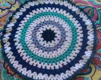 Cat / small pet crocheted blanket