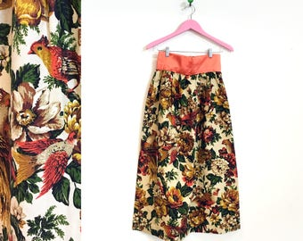 Vintage 1960s Floral and Bird Printed Tapestry Maxi Skirt Size M