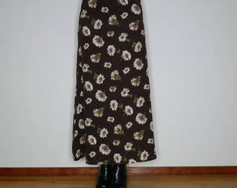 90s brown floral maxi skirt by Jolie size 5/6