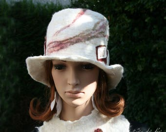 "Hat in off white felt ""Hunter images..."""