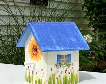 Weathered Coastal Cottage Birdhouse