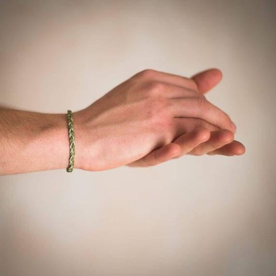 Friendship macrame bracelet