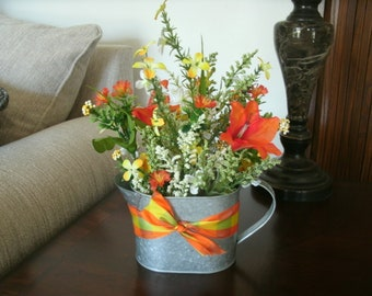 Spring/ Summer Flower Centerpiece, Table Floral Arrangement, Mother's Day Centerpiece, Table Decor, Home Decor, Office Decor, Seasonal Decor