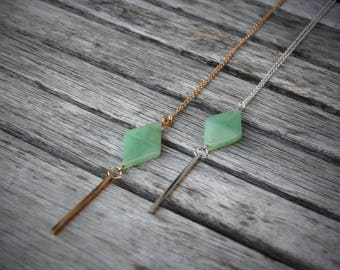 Necklace long, green aventurine triangle, gold or silver stem and gold or silver chain. - Boucle d'or - CO101-