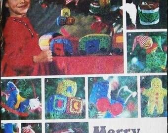 CHRISTMAS CRAFT Patterns Butterick 6342, McCalls 2440, 2331, 2899, 2901, 2944 Sewing Fun UNCUT