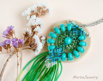 Fringe necklace, turquoise green, micro-macrame jewelry, glass, beaded, bohemian, boho chic, seaweeds, quartz gems, unique, extra long
