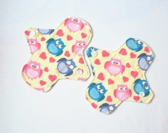 "Set of 2 Reusable Cloth Panty Liners - 6"" - Owls"