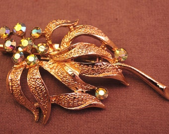 Pretty Gold Tone and Aurora Borealis Rhinestone Pin 1950-'60s
