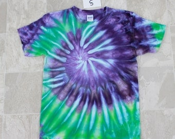 Youths Tie Dyed shirt-Size S Gildan T shirt-Purple and green ice dyed t shirt-Short sleeved shirt, ice dyed shirt