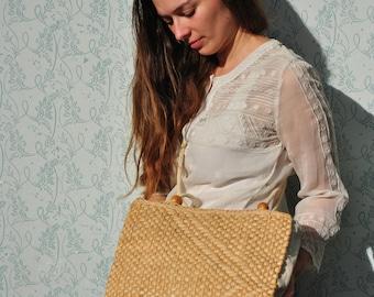 Straw bag, woven bag, vintage woven bag, straw crossbody bag, straw shoulder bag, vintage straw shoulder bag, woven bag vintage