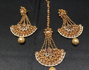 Indian Jewelry - Indian Earrings and Tikka Set - Antique Gold Moti Pearl Tikka - Polki Jewelry - Bollywood Jewelry - Pakistani Jewelry -