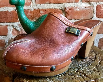 Vintage 1970's Italian Leather Platform Clogs with Metal Studs, Size 38