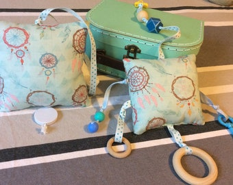 "Baby box ""Dreamcatcher"".inside music + plush rattle + suitcase activities."