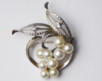 Antique Vintage C1930s Sterling Silver Mikimoto Cultured Pearl Brooch
