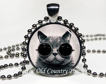 Steampunk Cat -Glass Pendant Necklace/Graduation gift/mothers day/Easter gift/Gift for her/girlfriend gift/friend gift/birthday gift