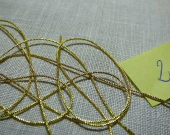Shiny curly gold bullion embroidery very fine gold