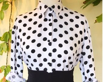 15 DOLLAR FLASH SALE! 80s vintage black and white polka dot spot blouse shirt long sleeve button through