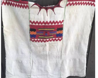 Vintage Guatemalan Huipil Hand Woven & Embroidered Huipil Shirt/ Mexican Floral Embroidery Huipil Blouse Boho Hippie Tunic