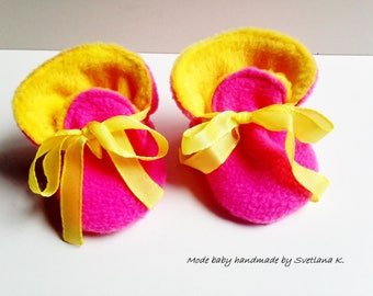 Slippers reversible baby boots with Ribbon