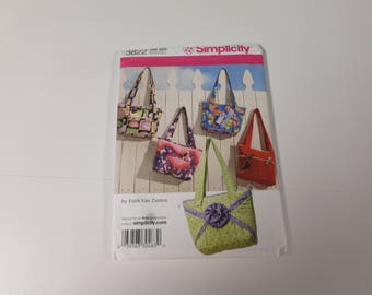 Different bags to sew by Simplicity pattern # 3822 by Faith Van Zanten and each bag is one size. You can make so many differnt bags.