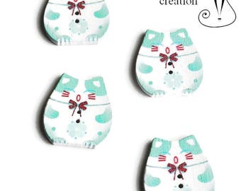 set of 4 buttons wood Kawaii theme green and fuchsia