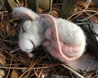 Class Saturday 11/11/17 - 10:30 am - Needle Felted Little Mice