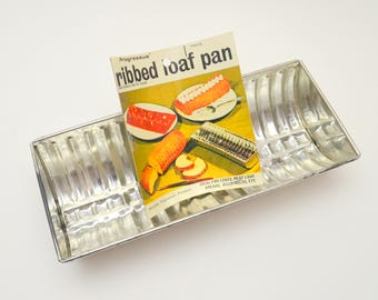 Vintage Ribbed Aluminum Loaf Pan by Progressus, For Cakes, Meat Loaf, Breads, Jello Molds, 1970s