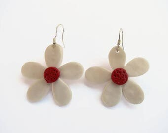 Spring Flower Earrings Daisy polymer clay