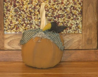 Pumpkin Shelf Sitter, Pumpkin With Crow, Fall Decoration, Autumn Decor, Prim Pumpkin, FAAP~HAFAIR~TEAMHAHA